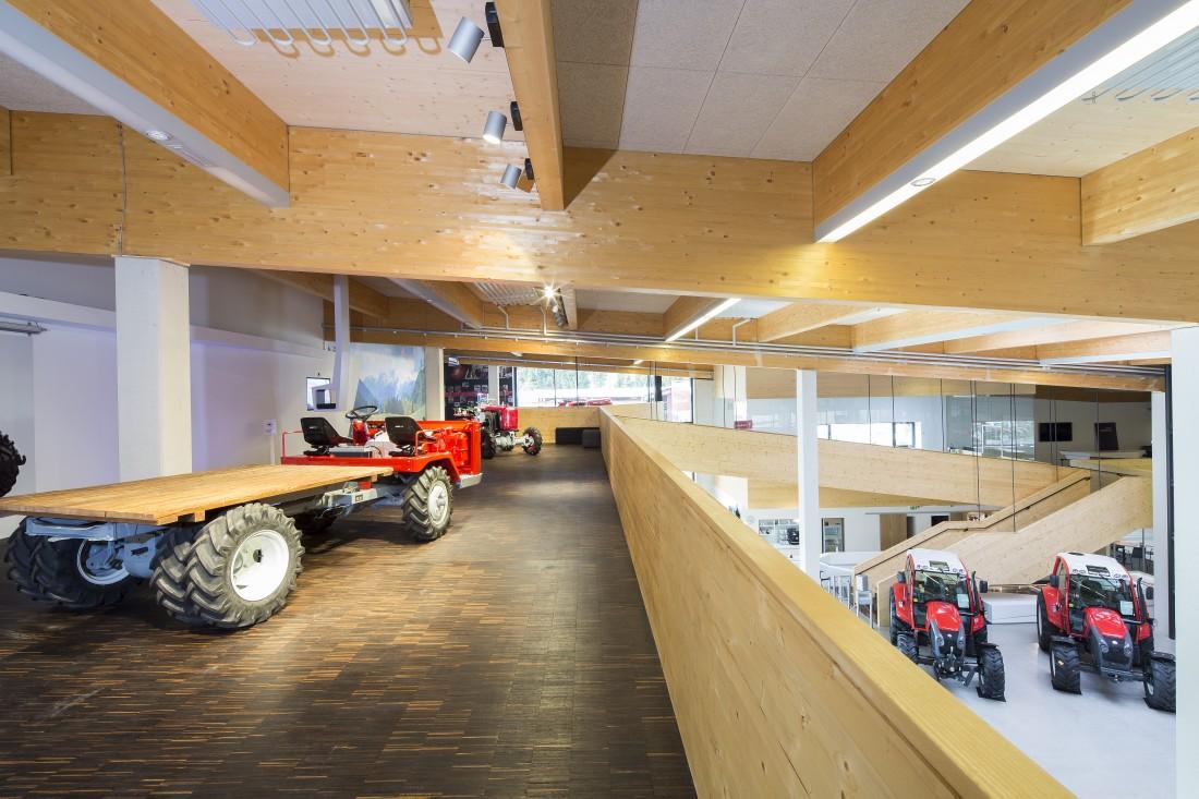 innovationszentrum traktorenwerk lindner hvw architekten. Black Bedroom Furniture Sets. Home Design Ideas